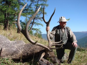 Sergei Shushunov - Altai maral stag hunt