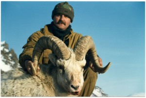 snow sheep hunting price